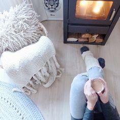 Klein Huis Grote Wensen: Winter Fireplace Wool Blanket