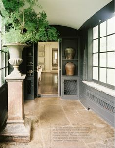 Décor de Provence: Georgian Revival...  love the screen cab. door  and, is that a window  seat?