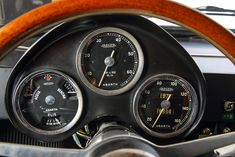 BINGO SPORTS WORLD   1957 Fiat Abarth Vignale 750 Coupe -Goccia-