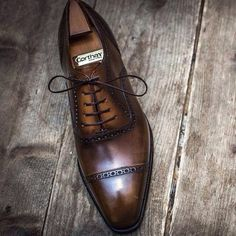 theshoemakerworld: Oxford with a Special patina from Corthay. @maisoncorthay @corthayparis #corthay #france #shoemaker #shoes #oxford #patina #mensshoes #style #footwear #theshoemakerworld