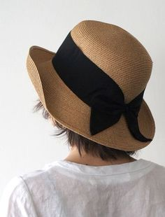 Straw Hat with Large, Floppy Brim & Wide Black Ribbon Band . Hats For Women, Clothes For Women, Fancy Hats, Wearing A Hat, Love Hat, Turbans, Summer Hats, Spring Summer, Derby Hats