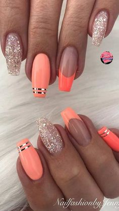 43 Nail Ideas to Inspire Your Next Mani Looking for some nail ideas? These stylish nail designs will inspire your next manicure and have your fingers looking fashionable in no time. Best Acrylic Nails, Acrylic Nail Designs, Nail Art Designs, Nails Design, Spring Nails, Summer Nails, Summer Nail Art, Winter Nails, Uñas Color Coral