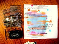 Crear un fondo con pinturas acrílicas y sellos