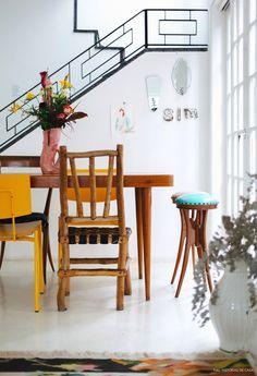 19-decoracao-sala-jantar-cadeiras-diferentes-amarelo