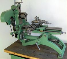 Astoba/Meyer & Burger Combination Machine Models S and Model K. In production by 1948 and originally marketed as the Diy Lathe, Lathe Tools, Old Tools, Woodworking Tools, Homemade Lathe, Homemade Tools, Metal Working Machines, Metal Mill, Machinist Tools