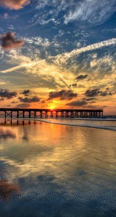 Morning glory at Isle of Palms, South Carolina • photo: Eric Morris on 500px