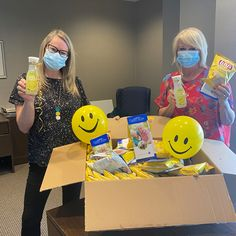 Jill and Susan (Sales & Marketing Managers) at Credit River Retirement spent the afternoon in Streetsville handing out little bags of sunshine and cold lemonade to local residents😄 #vervecares #community #lemonade #gooftimes #summervibes Bag Of Sunshine, Senior Living Communities, Wellness Activities, Little Bag, Sales And Marketing, Summer Vibes, Lemonade, Retirement, Community