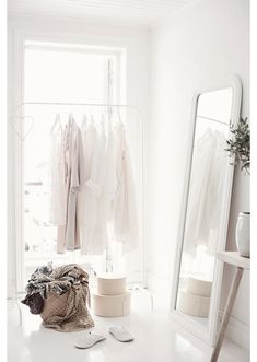 all white interior design white on white spaces home house My New Room, My Room, Ideas De Closets, Closet Ideas, Wardrobe Ideas, Home Bedroom, Bedroom Decor, Bedrooms, Bedroom Wardrobe