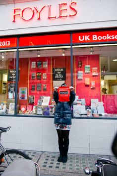Livrarias em Londres | A series of serendipity Melina Souza - Photo by Sharon Eve Smith <3