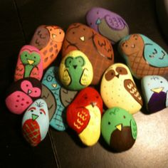 Owls: painted rocks .. i will do theseee