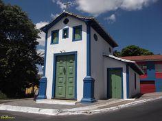 Santa Luzia (MG) - Brasil Capela do Bonfim, século XVIII