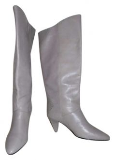 """Vintage Etienne Aigner Lavender Boots ~ I REALLY LOVE the colour, but they are too tiny  :""""("""