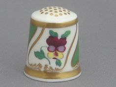 Royal Crown Derby Thimble - Moses Webster