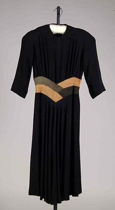 """Matin Song"", Designer: Elizabeth Hawes (American, Ridgewood, New Jersey 1903–1971 New York) Date: fall/winter 1939–40 Culture: American Medium: Silk, leather"