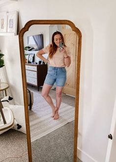 amazon try on with jess oakes / jessica oakes / pink puff sleeve top that is affordable and perfect for summer paired with cute midi bermuda shorts