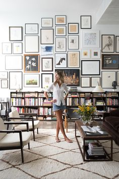the home of Julia Leach Venice, California — huge gallery wall with library of. - the home of Julia Leach Venice, California — huge gallery wall with library of books below living - Interior Inspiration, Room Inspiration, Interior Ideas, Furniture Inspiration, Home Interior, Living Room Decor, Living Spaces, Dining Room, Living Room Gallery Wall