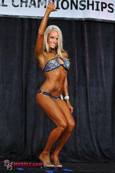 Friday Fitness Female: April Deweese – Model, Bikini Competitor, Personal Trainer and Total Bombshell : The Lion's Den University