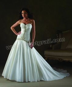 Taffeta Strapless Sweetheart Neckline Ruched Bodice Wedding Dress