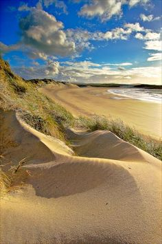 Yes, this is Scotland: Traigh Iar, North Uist, Outer Hebrides, Scotland