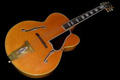 View 1: 1950 Gibson L-5 CN, Rare Blonde finish, Venetian cutaway, Bound Brazilian Rosewood fingerboard, Pearl block inlays, Gold hardware, L-5 tail piece, Perfect repro pickguard, Superb instrument in stunning condition, Bought directly from the original owner, EC+, OHSC