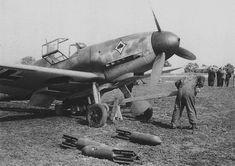 Suspension of bombs on fighter-bomber Messerschmitt Bf.109F-4B