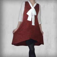 Asymmetrical knitted dress in red and black yarn V Collection, Simple Lines, Knit Dress, Hemline, Knitwear, V Neck, Skirts, Red, How To Wear