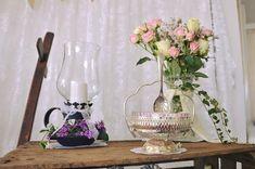 Candybar Vintage Glass Vase, Vintage, Home Decor, Homemade Home Decor, Vintage Comics, Interior Design, Home Interiors, Decoration Home, Primitive