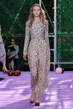 Silhouette_42 / Haute Couture Autumn-Winter 2015-2016 Show / HAUTE COUTURE / Woman / Dior official website