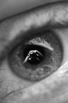 Self-portraits in eyeballs needs to become a thing! All you need to try it is a macro lens. By Waverley41 on reddit