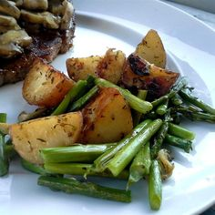 """Oven Roasted Red Potatoes and Asparagus 