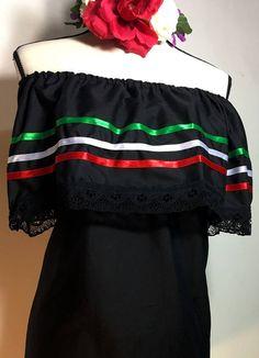 Women/'s Color Off-Shoulder Ruffle Top Lace Ribbon Mexico Folklorico Fiesta Dance