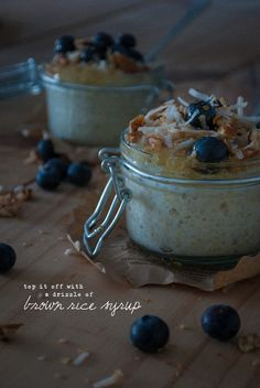 porridge sugar free vegan project wolf willow recipe food fructose protein breakfast brunch quinoa chia coconut toasted pecan blueberries cinnamon milk brown rice syrup antioxidant superfood health coach