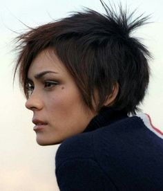 Net Photo: Shannyn Sossamon: shannyn Image ID: . Pic of Shannyn Sossamon - Latest Shannyn Sossamon Image. New Trendy Hairstyles, Crown Hairstyles, Cut My Hair, New Hair, Short Hair Cuts, Short Hair Styles, Fringe Haircut, Spa, Hair Pictures