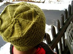 this is a hat inspired by the one my 94 year old great aunt stella has been knitting for 40 years.