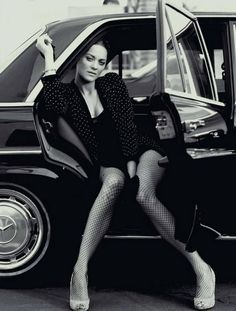 Marion Cotillard more #photography in back and white at…