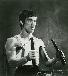 Bruce Lee Double Nunchaku  #brucelee #bruceleequotes #kurttasche