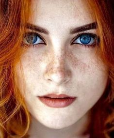Redhead beauty - freckles and red hair - Beautiful Freckles, Beautiful Red Hair, Most Beautiful Eyes, Gorgeous Redhead, Beautiful People, Red Hair Woman, Woman Face, Freckles Girl, Red Hair Freckles