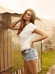 """Plus-Size"" model Robyn Lawley excited to inspire fashion's next generation. ""I genuinely want companies to take notice and start being more realistic about who their customer really is,"" she adds. ""I hope to keep breaking down those barriers."" FYI...she's a normal Size 10, which is considered Plus-Size in the modeling industry. The industry needs to get a grip on reality. Read what she has to say."
