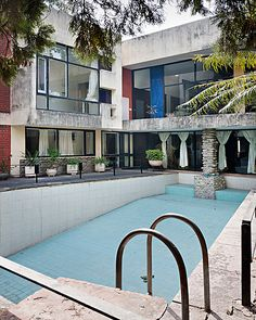 Private Villa, Sector 4 by Le Corbusier + Pierre Jeanneret. Photo by Manuel Bougot #pool