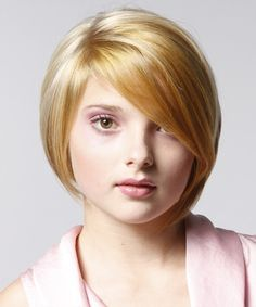 Short hairstyles for women with fine hair and round faces