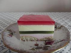 Kolorowy sernik bez pieczenia [Przepisy Ewy] - YouTube Pudding, Youtube, Desserts, Food, Kuchen, Tailgate Desserts, Deserts, Custard Pudding, Essen