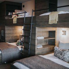 30 Amazing Loft Bedroom Design Ideas for Comfortable Sleep - Basement Bedrooms Bed Design, Home, Home Bedroom, Contemporary Bunk Beds, Bedroom Design, Bedroom Loft, Lakehouse Bedroom, Loft Spaces, Bunk Bed Rooms