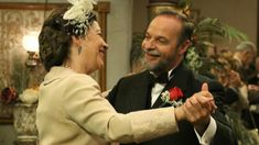 Anticipazioni Il Segreto puntate: Francisca Montenegro e Raimundo Ulloa si sposano