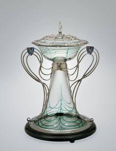 Art Nouveau centerpiece by Harry Powell for Count Minerbi, made at Whitefriars Glass Works, London, England 1906