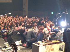 [Champagne]2014/1/13 今日はWelcome![Champagne]live atクラブチッタ川崎でした! 来て頂いた皆さん本当にありがとうございました。そして素晴らしいアーティストの皆さんも。最高やった。洋平 Rock Bands, Thankful, Shit Happens, Concert, Twitter, Concerts