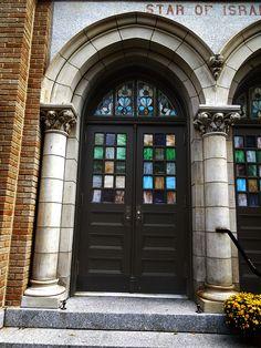 Star of Israel Synagogue (now the United Synagogue of Hoboken) - 115 Park Avenue, Hoboken, NJ, via Flickr.