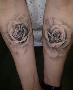 forearm tattoos toman tattoos toman sleeve shoulder tattoos toman tattoos toman classy back t Arm Tattoo, Hand Tattoos, Time Tattoos, Cover Tattoo, Piercing Tattoo, Body Art Tattoos, Sleeve Tattoos, Piercings, Rosen Tattoo Frau