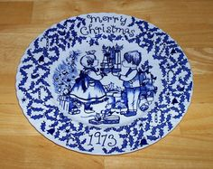 Vintage Christmas 1973 plate Crownford by OnPointCollectibles