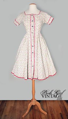 1950's Sweet Floral Print Day Dress