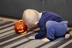 Halloween. Zdjęcia Rodzinne w domu, Fotografie pełne emocji. fotograf rodzinny Gdynia, sesja rodzinna gdańsk, Zdjęcia dziecięce Trójmiasto